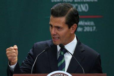 """Peña Nieto assegura que l'assassinat dels tres estudiants desapareguts a Jalisco """"no quedarà impune"""" (EDGARD GARRIDO - Archivo)"""