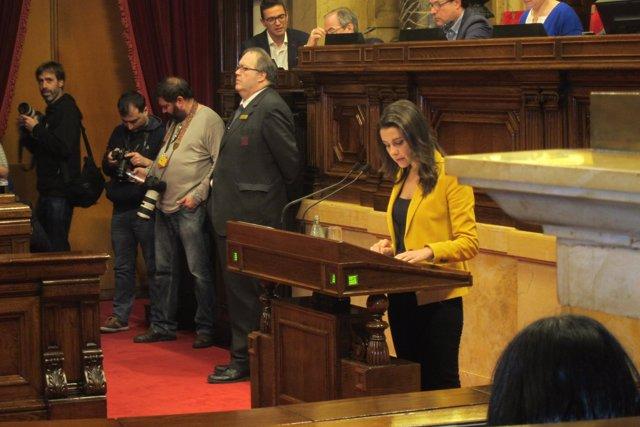 Inés Arrimadas (C's) en el pleno de investidura de Carles Puigdemont