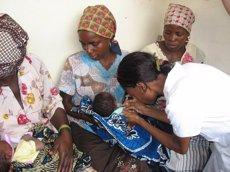 """Almenys 13 milions de nens al món no han estat vacunats mai, segons UNICEF (LA OBRA SOCIAL """"LA CAIXA"""" - Archivo)"""
