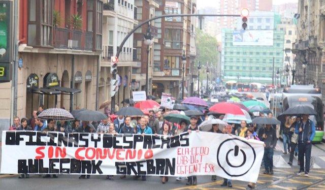 Oficinas y despachos manifestación