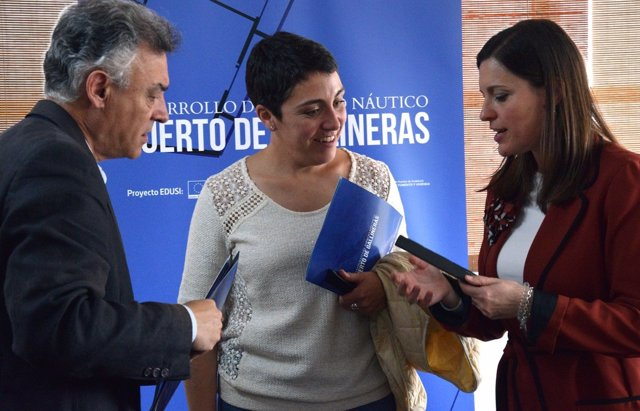 Alcaldesa de San Fernando con la directora de la agencia pública de puertos
