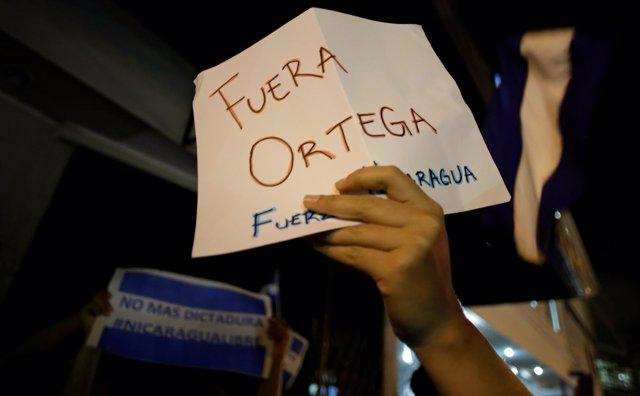 Manifestación de nicaragüenses en Costa Rica contra el Gobierno de Daniel Ortega