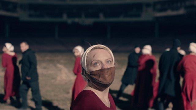 Elizabeth Moss en The Handmaid's Tale