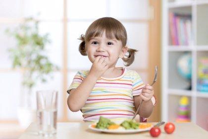 La comida educa, pero también maleduca: come de todo... ¡y todo!