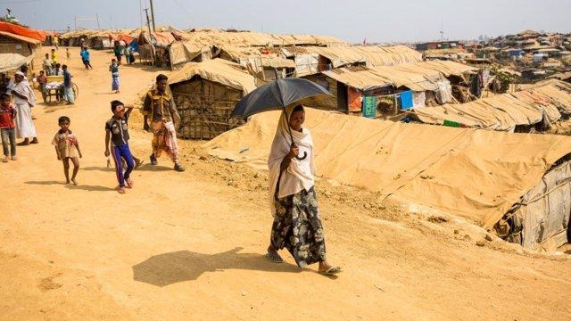 Viuda refugiada rohingya en Bangladesh