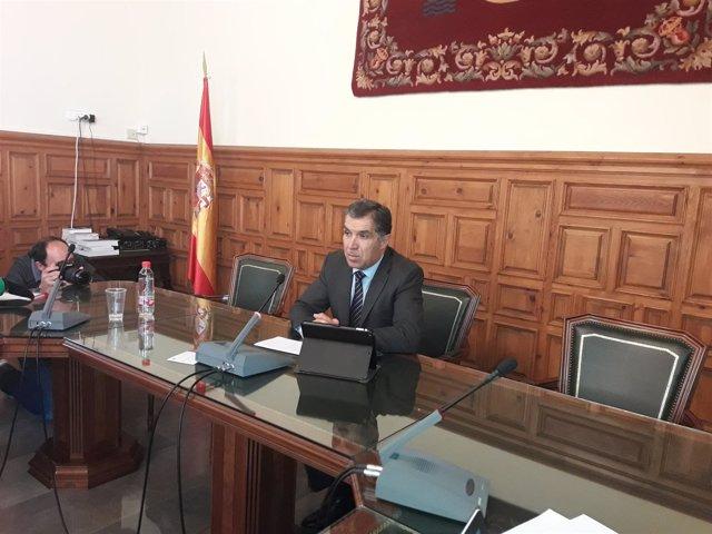 El presidente del TSJA, Lorenzo del Río, presenta la memoria anual