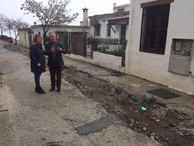 Mejoras en una calle de Bubión