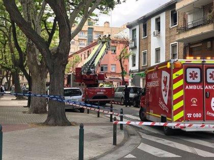Arde una vivienda en el barrio del Arrabal de Zaragoza