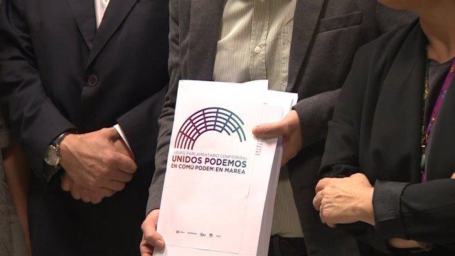 Pablo Iglesias ha registrado en el Congreso las 16 proposiciones de ley vetadas
