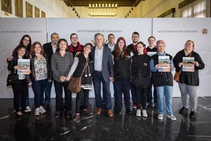 El Ayuntamiento de Zaragoza apoya una campaña para que las bibliotecas dispongan de obras de lectura fácil para adultos