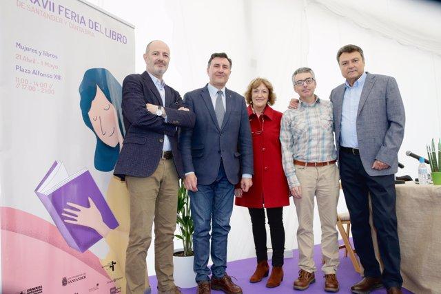 El Gobierno presenta sus premios literarios en la Feria del Libro