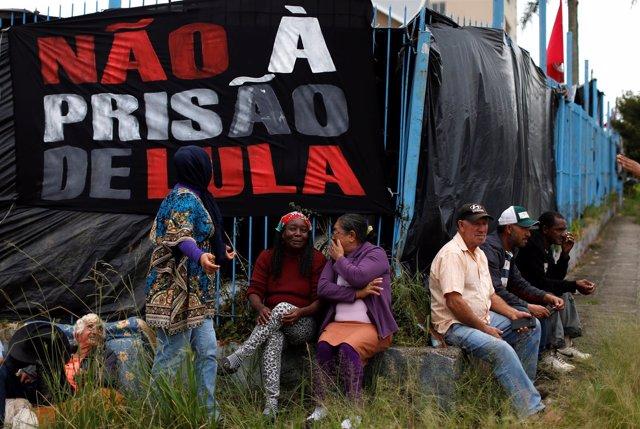 Acampada de apoyo a Lula
