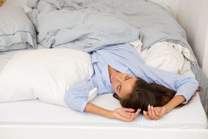 La mejor y la peor postura para dormir: ¿Cuál es el colchón y la almohada que más me convienen?