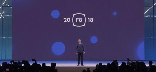 Mark Zuckerberg en la keynote de la conferencia F8 2018