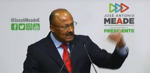 René Juárez Cisneros toma posesión de la presidencia del PRI