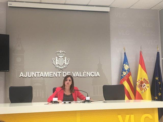 Sandra Gómez en rueda de prensa