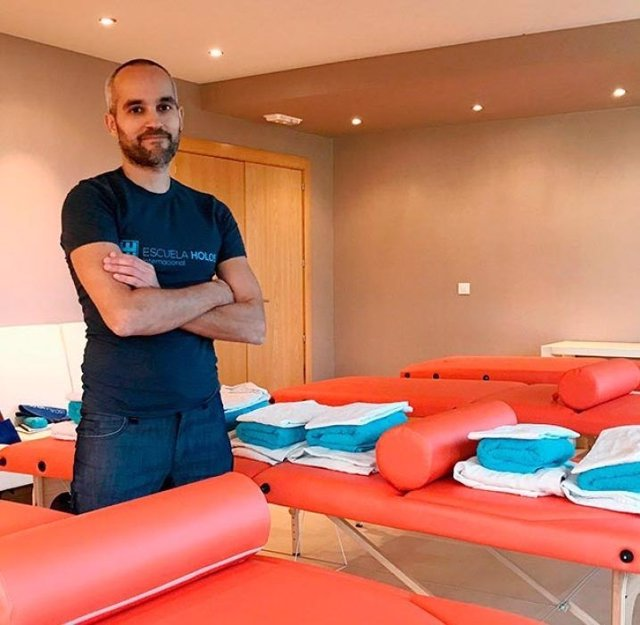 Las últimas innovaciones en Quiromasaje llegan a Barcelona de la mano de Holos
