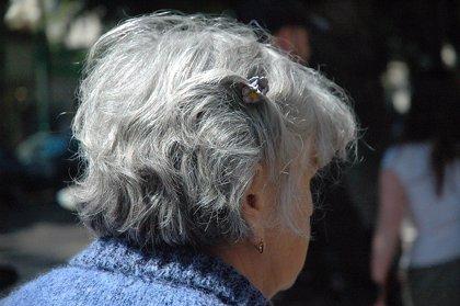 Asocian la aparición de canas con las infecciones virales