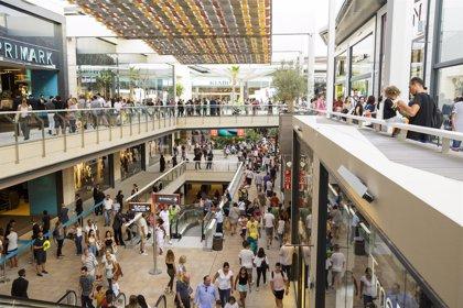 La filial inmobiliaria de Carrefour compra 6 centros comerciales en España por 182 millones de euros