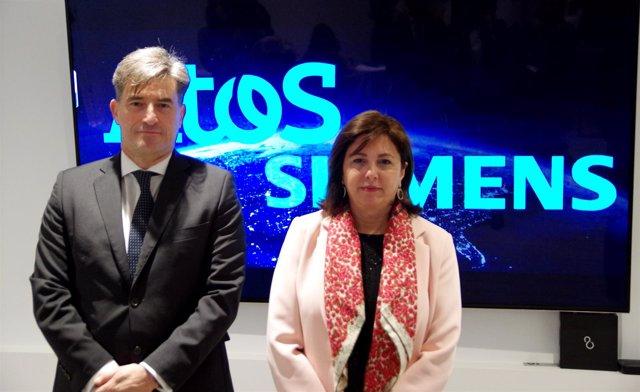 Iván Lozano (Atos Iberia) y Rosa García (Siemens  España)