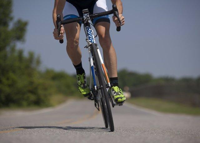 Ciclista, corredor, bicicleta