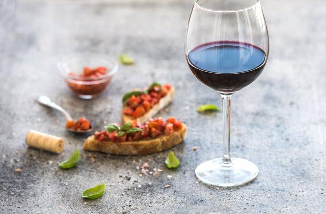 Aperitivo con vino