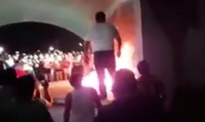 Vecinos mexicanos queman vivo a un presunto ladrón