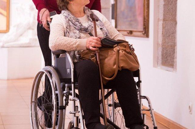 Discapacitado en museo