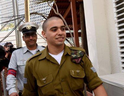 El soldado israelí condenado por matar a tiros a un atacante palestino neutralizado sale de prisión