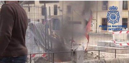 Identificado en León por quemar en abril una bandera de CyL