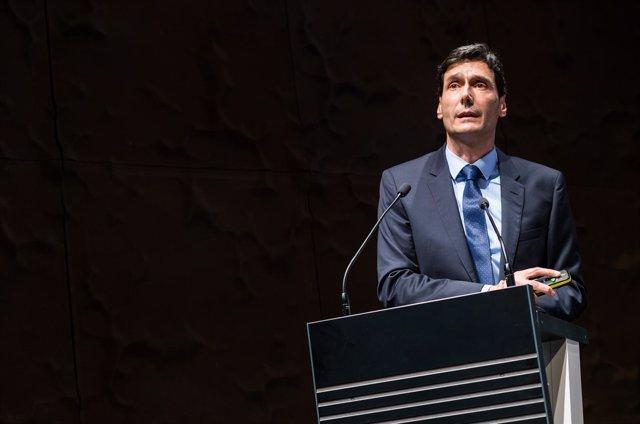 El doctor Manuel Serrano Marugán recibe el Premio Severo Ochoa