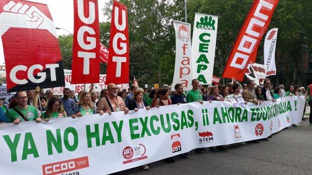 Manifestación en Madrid contra recortes en Educación y la LOMCE