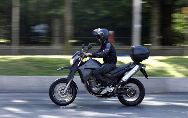 Una veintena de conductores es denunciada en Sant Joan (Ibiza) por participar en carreras ilegales