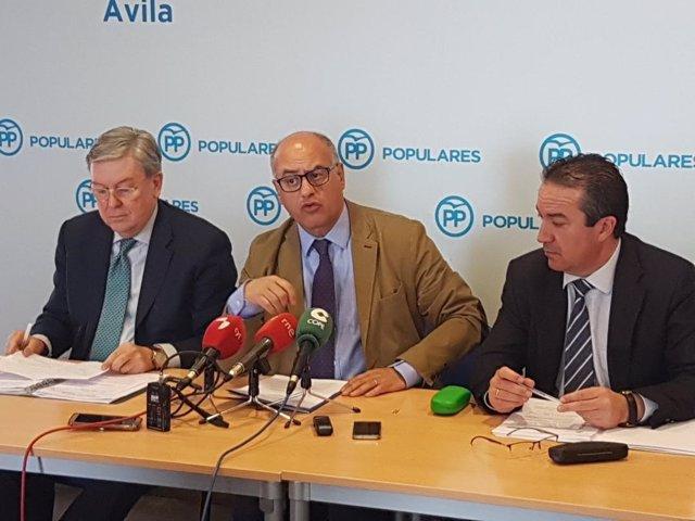 Rueda de prensa del PP sobre el Plan de Vivienda