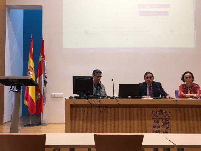 Valladolid.- Sáez Aguado, en un momento de su intervención