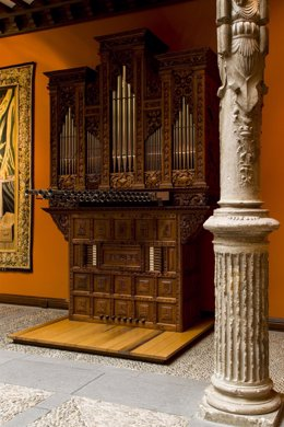 Órgano del Patio de la Infanta de Ibercaja