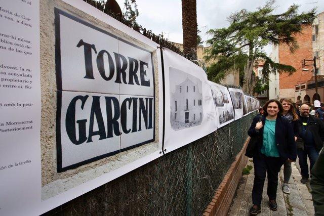 La alcaldesa de Barcelona, Ada Colau,  visita la Torre Garcini de Guinardó