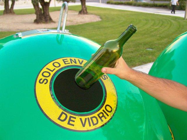 Contenedor deciclaje vidrio