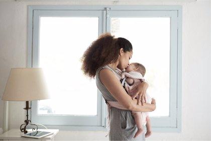 Los beneficios del abrazo en el desarrollo del bebé prematuro