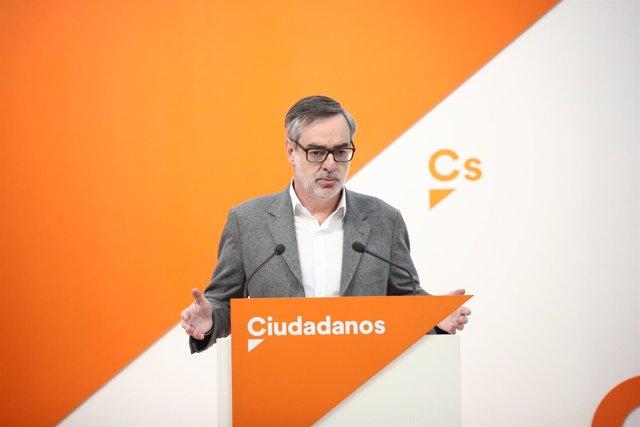 Rueda de prensa del secretario general de Ciudadanos, José Manuel Villegas