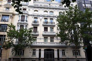 La alta burguesía iberoamericana toma el barrio más caro de Madrid