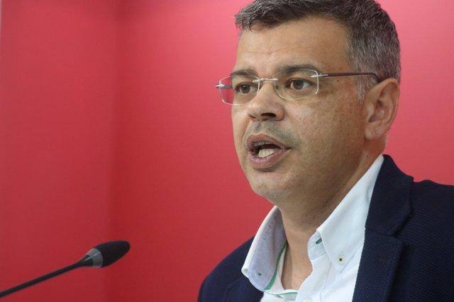 Juan Antonio González en la rueda de prensa de este lunes en Mérida
