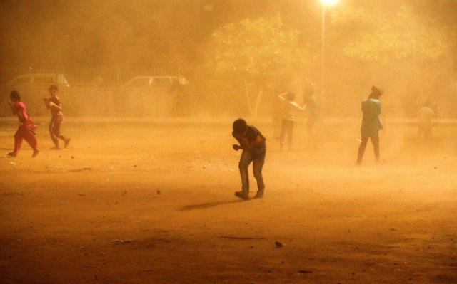 Tormenta de polvo en Nueva Delhi