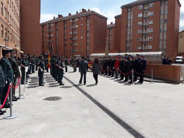 Acto en Pamplona para conmemorar la fundación de la Guardia Civil.