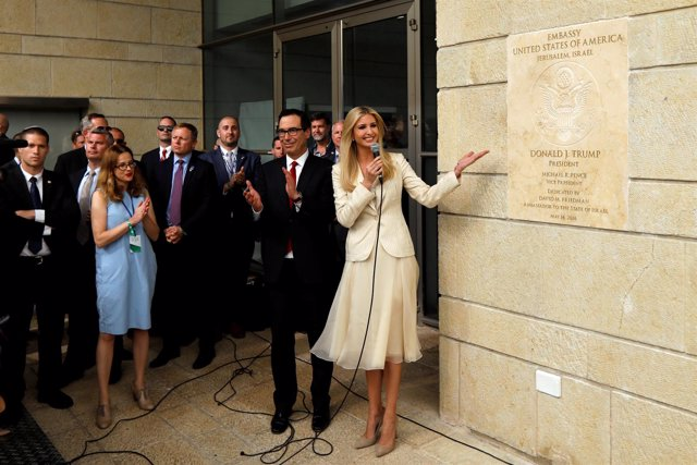 Ivanka Trump Y Steven Mnuchin En La Embajada De EEUU En Jerusalén