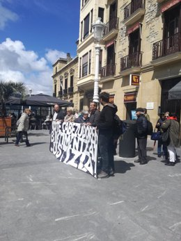 Concentración en apoyo a las presuntas víctimas de Cabezudo.