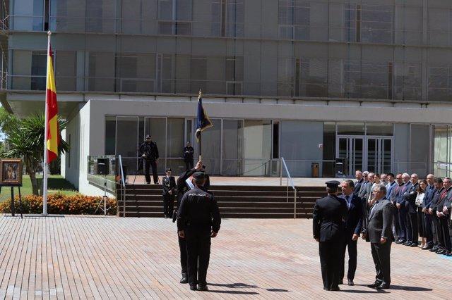 El ministro del Interior, Juan Ignacio Zoido, y el presidente de la Diputación