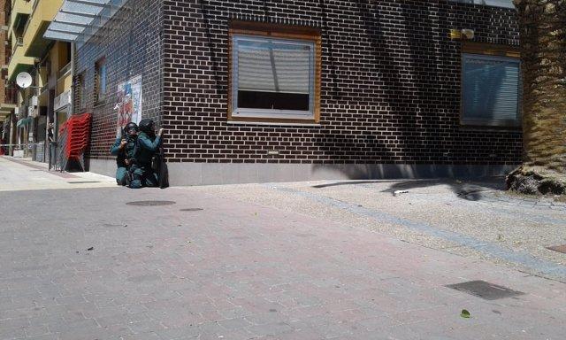 Juzgado de La Almunia donde se ha atrincherado un Policía Nacional