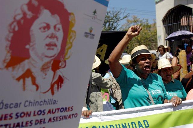 Manifestación de activistas hondureños por el Día de la Mujer