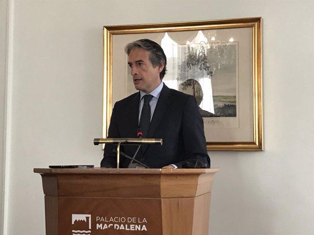 El ministro de Fomento y exalcalde de Santander, Iñigo de la Serna